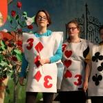 alice-in-wonderland-2017-38