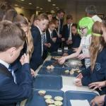 charity-cake-sale-2015-19