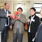 principal-han-visit-2010-14